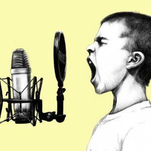 Les signes que l'enfant autiste verbal est en crise à l'école